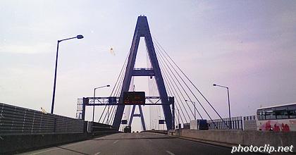 伊勢湾岸自動車道の橋