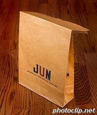 JUNの紙袋