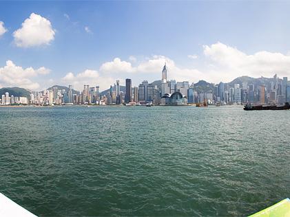 香港島側を Photomerge (パノラマ合成)