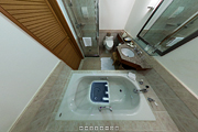ザ・ブセナテラス客室「デラックスオーシャンビュー」のバスルーム