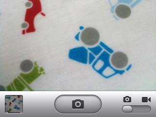 iPhoneのカメラのシャッターどうやって押している?私は離している