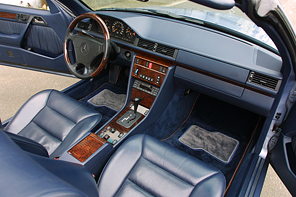 「MercedesBenz 320CE Cabriolet」というちょっと旧いクルマ売ります【ドナドナ完了】