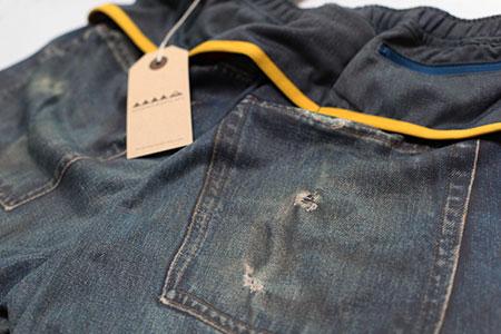 腰まわりに複数のポケットがあるランニング用パンツ、久々にもう一丁追加「MMA Denim Run Pants 60 REG」