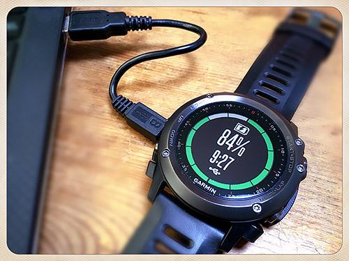 Garmin Fenix 3 浅いレビュー(43) USBケーブルが取り外せるFenix 3用充電クレードルは光学式心拍計内蔵モデルでは使えない【追記あり】